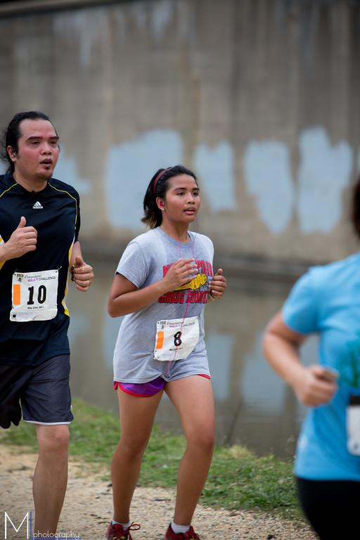 Reiner Angala and his daughter Maren finish.  Photo: Matthew Lehner