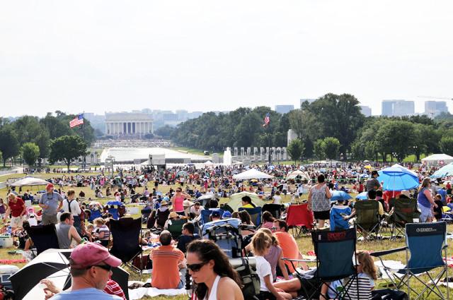bigstock-WASHINGTON--JULY--People-ar-18777344-B