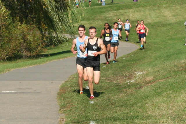 Diego Zarate on his way to the 2014 Montgomery County Cross Country title. Photo: Charlie Ban