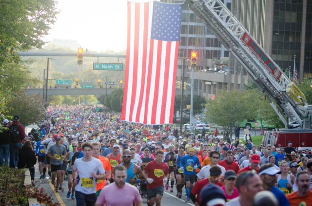 The 2013 Marine Corps Marathon kicks off in Rosslyn. Photo: Jimmy Daly