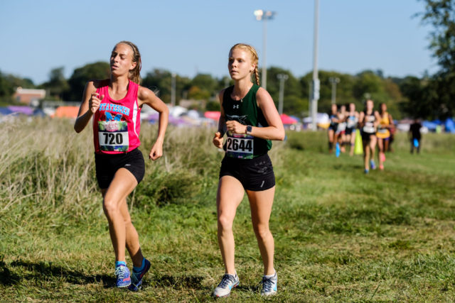 Sophie Tedesco and Jenna Goldberg share the lead in the sophomore girls' race. Photo: Dustin Whitlow/DWhit Photography